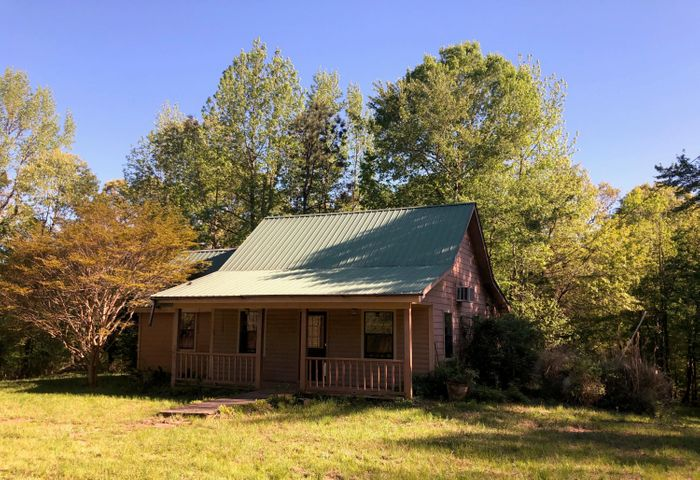 7461 County Road 100, Carrollton, MS 38917