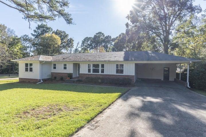 905 Howard Road, Starkville, MS 39759