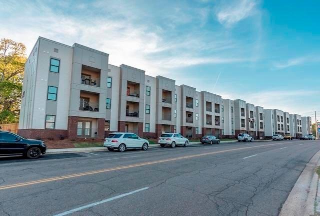 290 Russell Street, Unit 126, Starkville, MS 39759