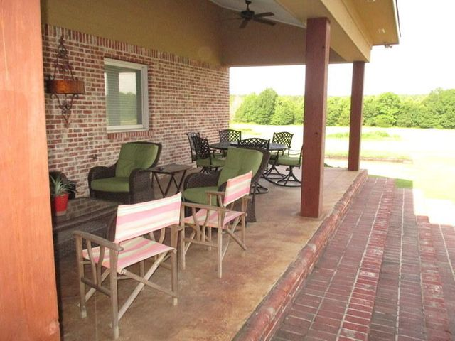 4711 SOUTH FRONTAGE RD, Columbus, MS 39701