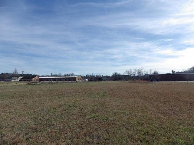 Louisville, Lynn Ln, Academy, Starkville, MS 39759