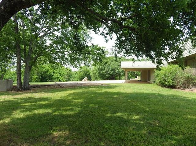 29 Tom Rose Road, Columbus, MS 39701