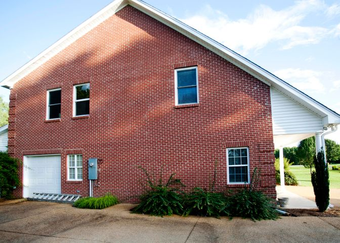 321 South Ridge Rd, Starkville, MS 39759