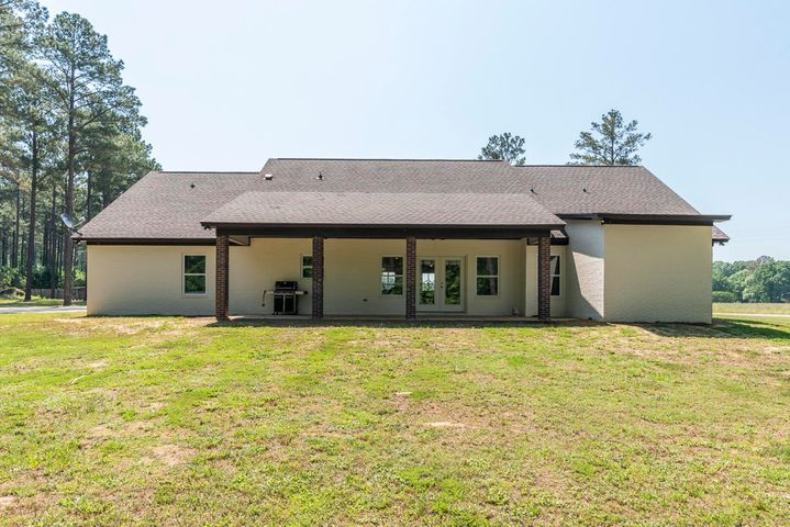 1020 Twin Gum Road, Starkville, MS 39759