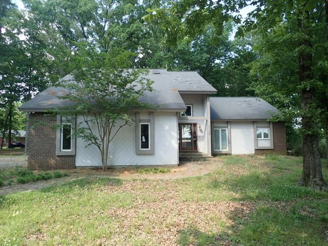 3128 Tva Road, West Point, MS 39773