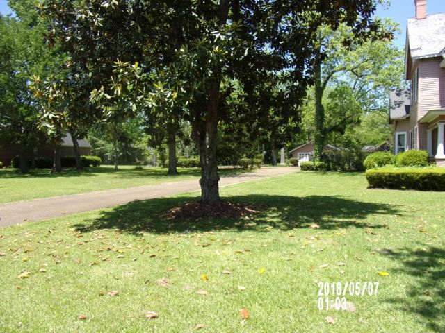 26917 Main Street, West Point, MS 39773