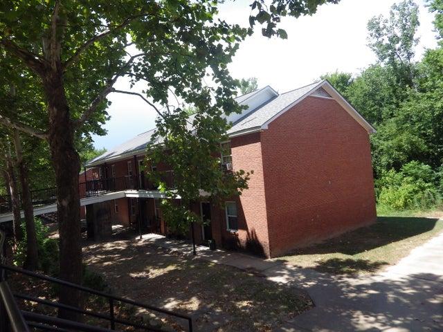 104 , 210, Pilcher Street, Starkville, MS 39759