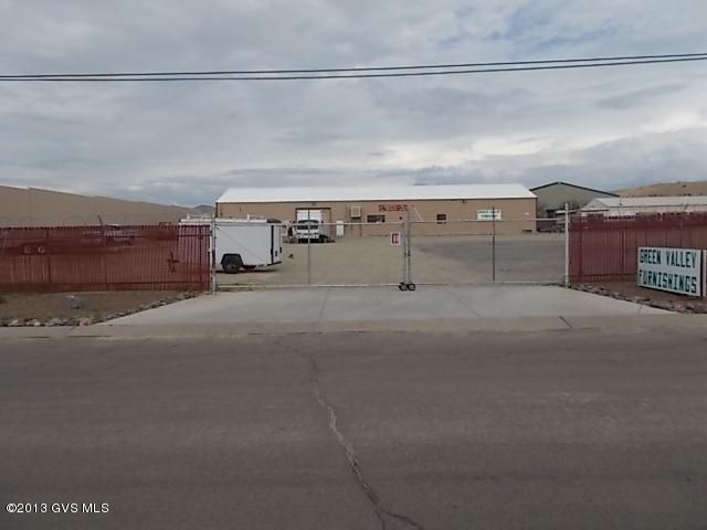 1075 N Bessett, Green Valley, AZ 85614