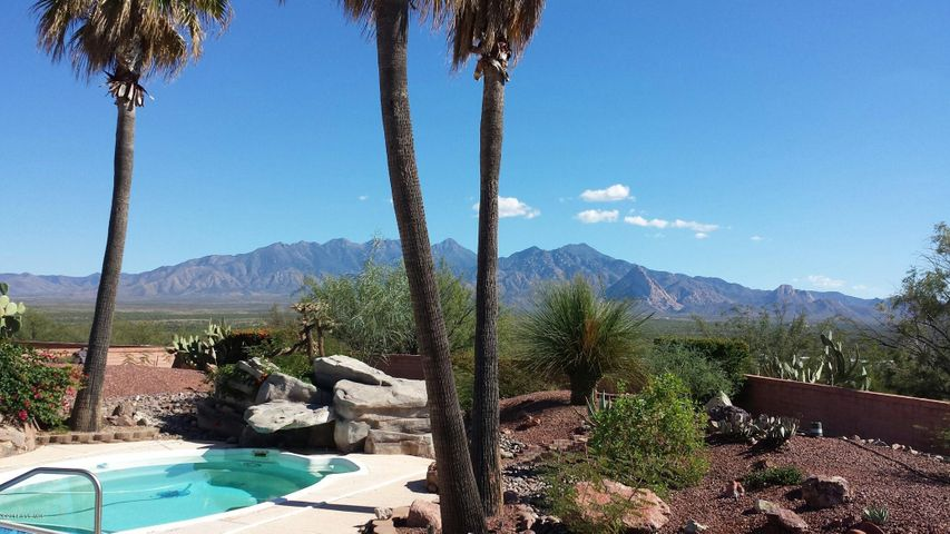Beautiful east Santa Rita Views
