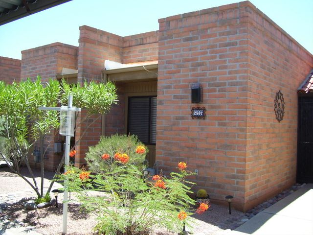 2507 S Calle Cervantes, Green Valley, AZ 85622