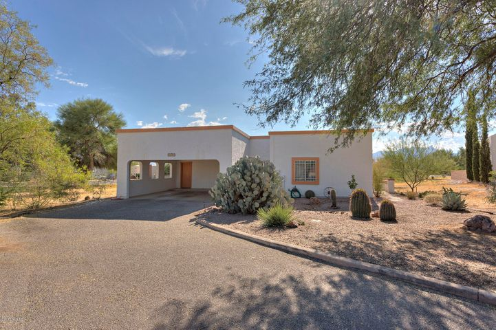1532 N Paseo Cerca, Green Valley, AZ 85614