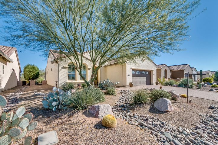 1232 N Night Heron Drive, Green Valley, AZ 85614