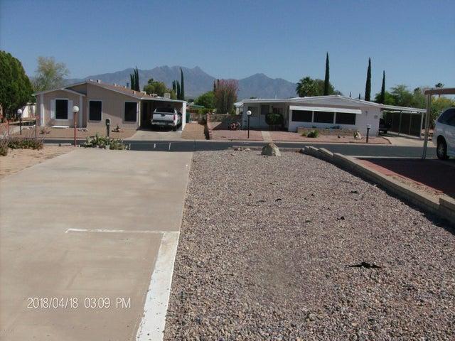 168 W Rama Drive, Green Valley, AZ 85614