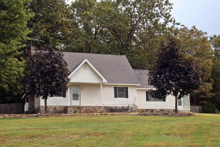 5706 Refuge Drive, Harrison, AR 72601