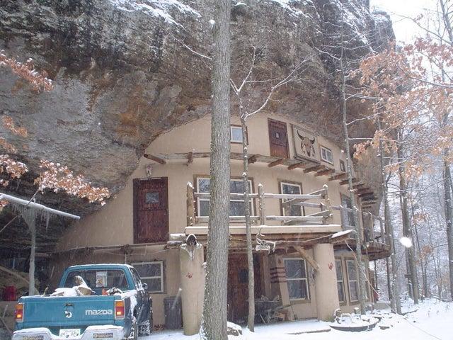 Residential for sale –   CR 8376   Jasper, AR