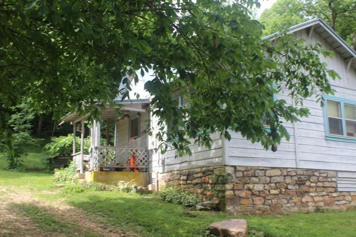4942 Zinc Cutoff Road, Harrison, AR 72601