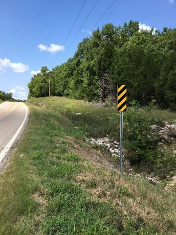 14 Highway, Lead Hill, AR 72644