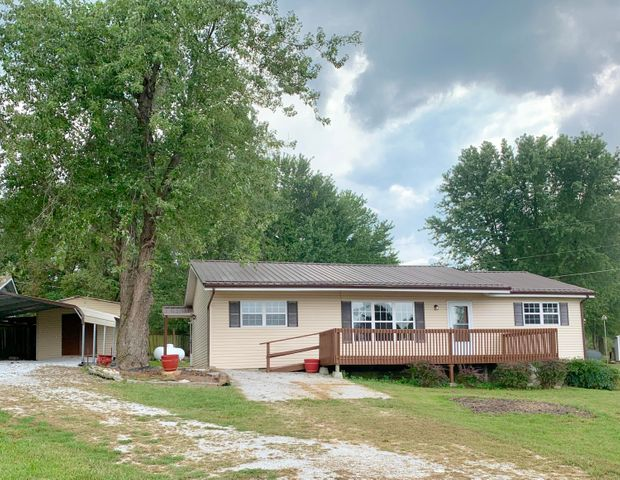 8382 Sagamore Loop, Harrison, AR 72601