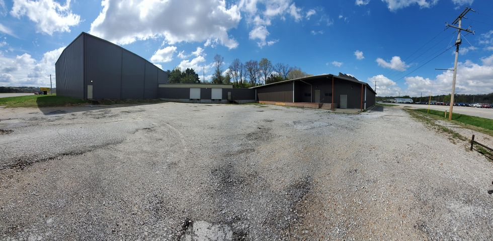 Commercial for sale – 304 S 62-65 Highway  Harrison, AR