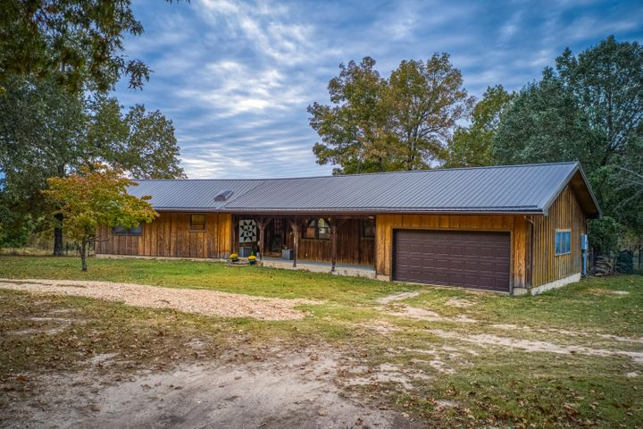 Residential for sale – 8409 E Old Ritchie Road  Lead Hill, AR