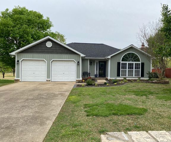 209 Approach Drive, Harrison, AR 72601