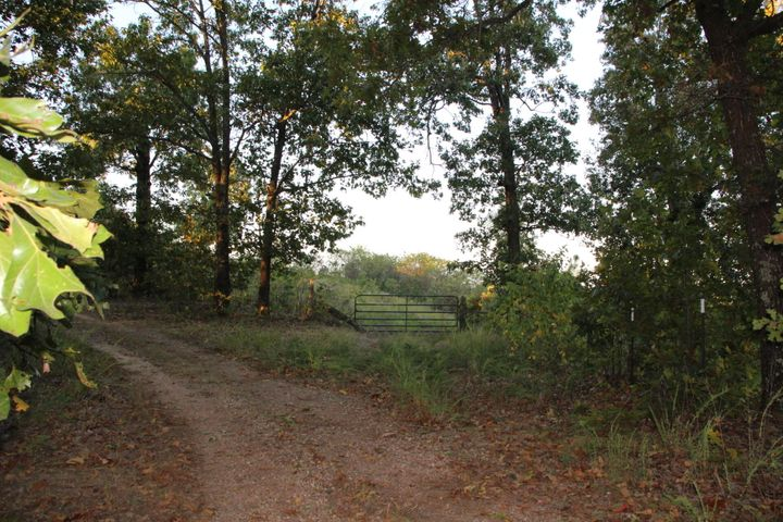 01 FireBreak Trail, Flippin, AR 72634