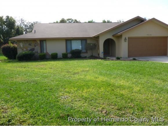 7512 River Country Drive