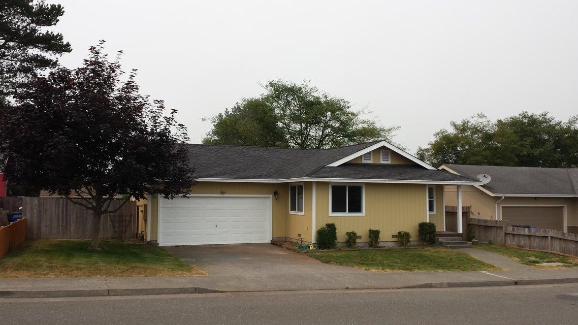 2010 Thiel Avenue, McKinleyville, CA 95519