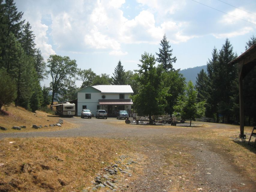 400 95th Street, Mad River, CA 95552