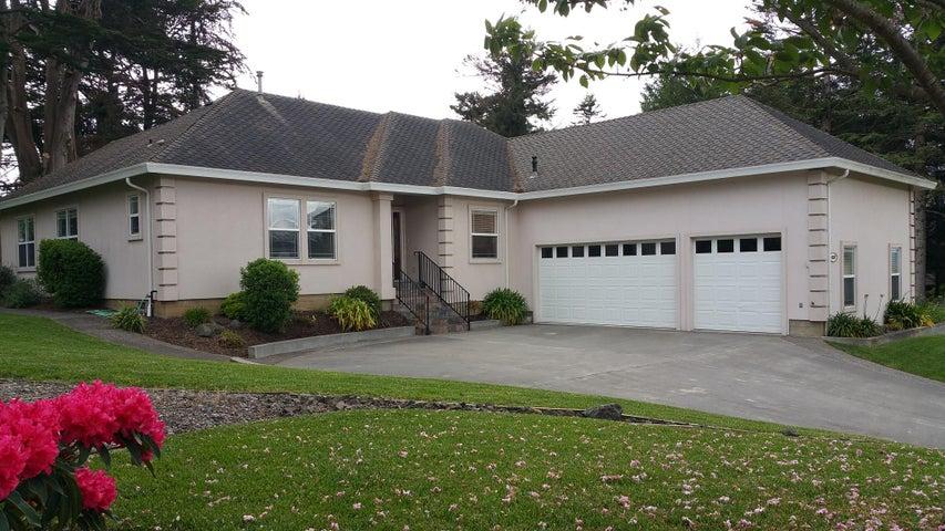 4259 Forest Hills Drive, Fortuna, CA 95540