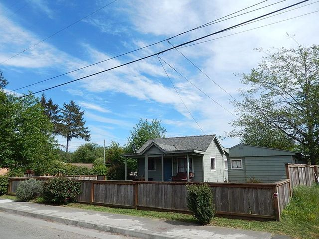 2118/2120 Park Avenue, McKinleyville, CA 95519
