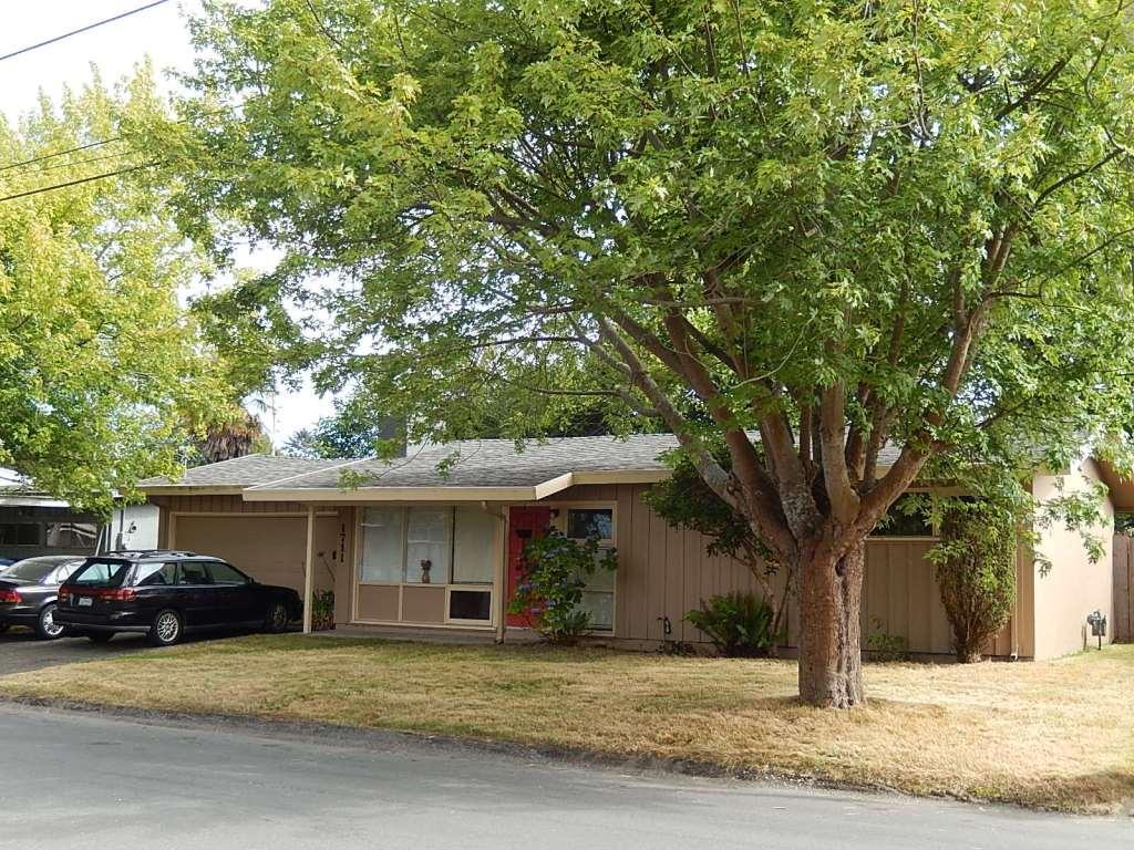 1711 Stewart Street, Arcata, CA 95521