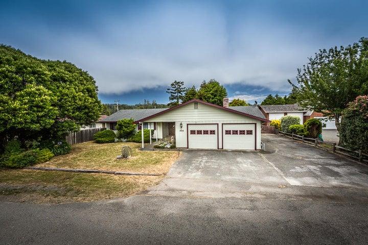 1842 Pickett Road, McKinleyville, CA 95519