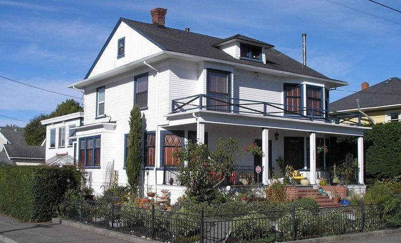 2236 E Street, Eureka, CA 95503