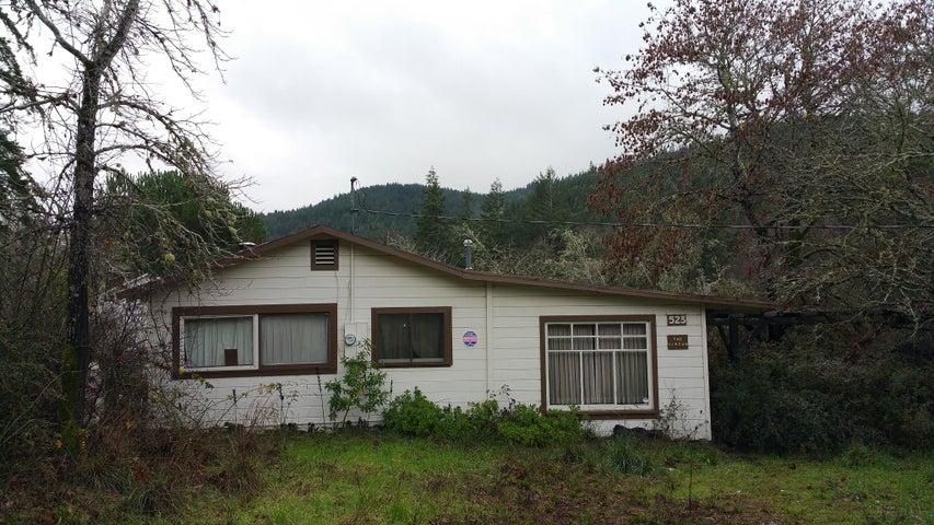 523 Phillipsville Road, Phillipsville, CA 95559