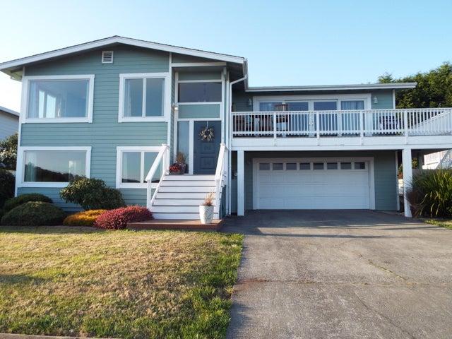 708 Underwood Drive, Trinidad, CA 95570
