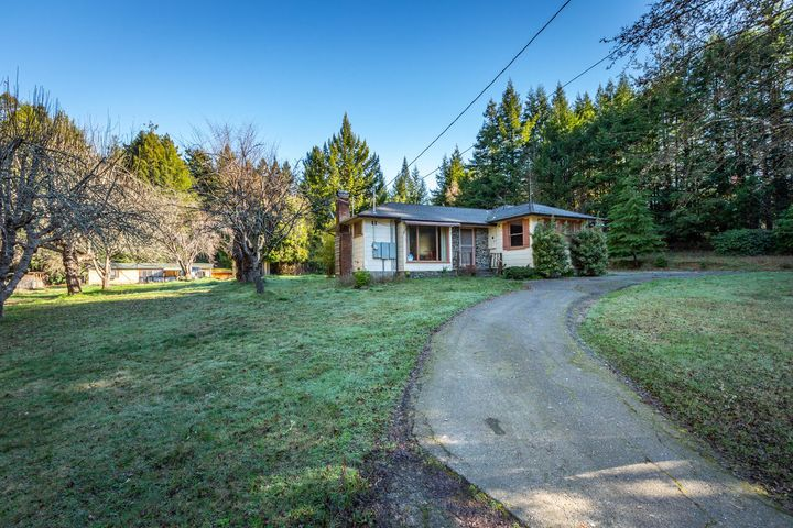 4155/4167 Mitchell Road, Eureka, CA 95503