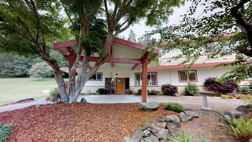 3433 Newburg Road, Fortuna, CA 95540