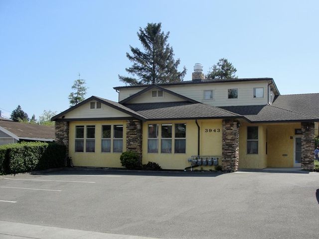 3943 Walnut Drive, Eureka, CA 95503
