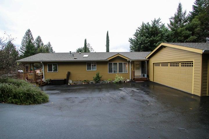 238 Hillcrest Way, Willow Creek, CA 95573