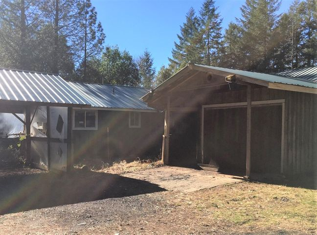 15 Thunder Mountain Road, Orleans, CA 95556