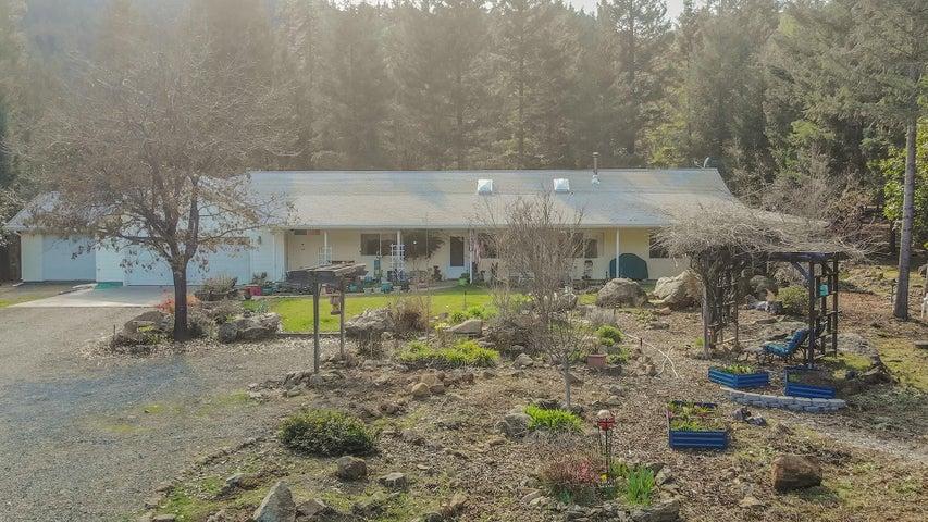 90 El Rocko Road, Junction City, CA 96048