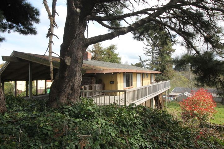 1835 West Avenue, Eureka, CA 95501