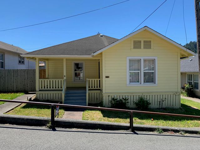 215 Mill Street, Scotia, CA 95565