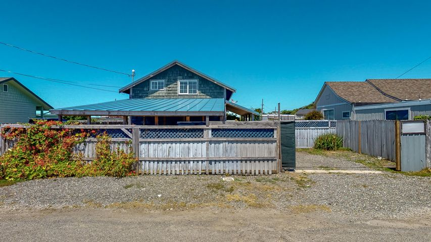 118 Sole Street, King Salmon South, CA 95503