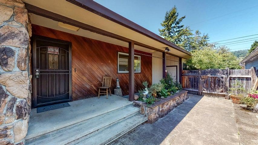 306 Chartin Road, Blue Lake, CA 95525