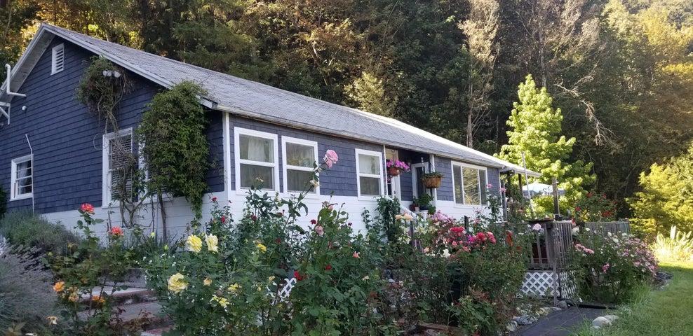 2900 Ca-96 Road, Willow Creek, CA 95573