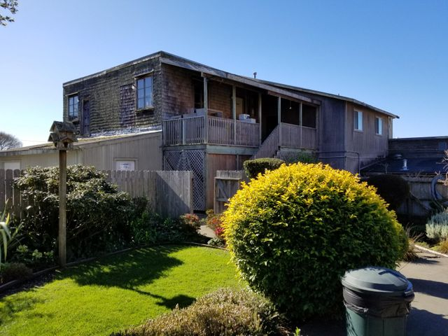 282 Loleta Drive, Loleta, CA 95551