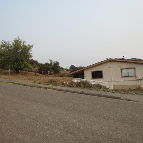 209 Sweet Court, Fortuna, CA 95540