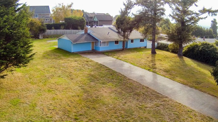 1734 Bella Vista Road, McKinleyville, CA 95519